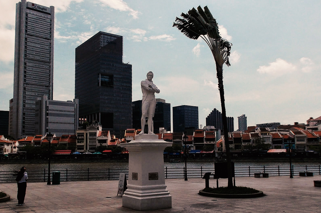 This is where Sir Thomas Stamford Raffles supposedly set foot on the island of Singapore, the powerful city-state. This statue is a must for first-timers on a guided tour.