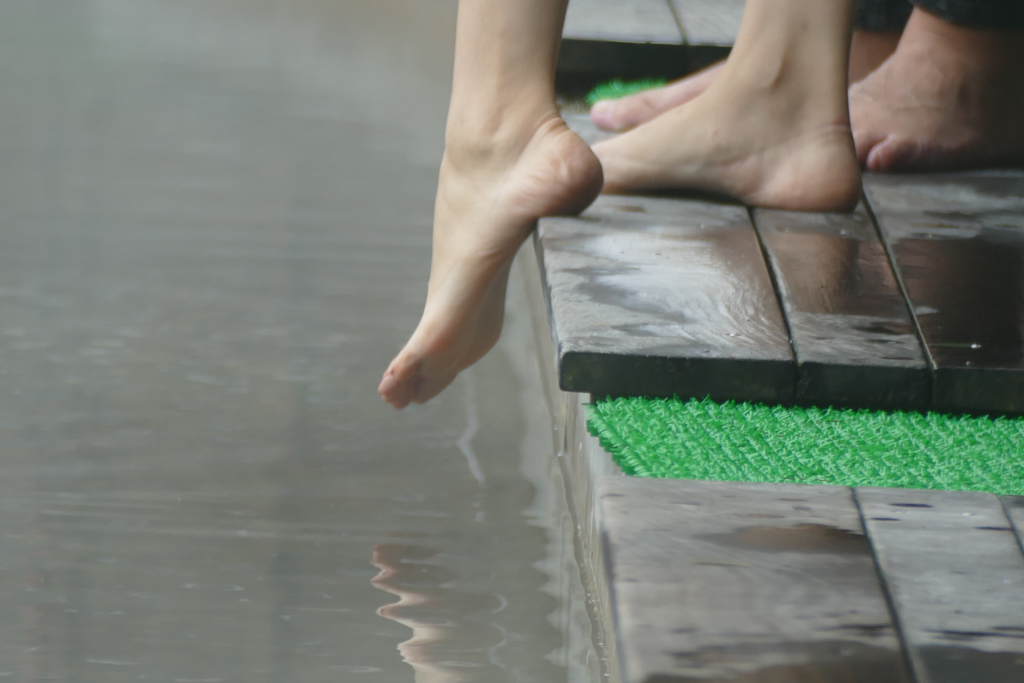 Foot Bath at the Hakone Open Air Museum in the height of the Japanese Mountains