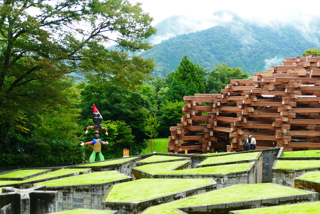 Exhibitions at the Hakone Open Air Museum in the backdrop of the mountains