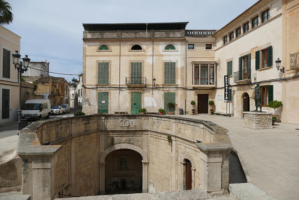 Plaça de sa Font de Santa Margalida in Felanitx
