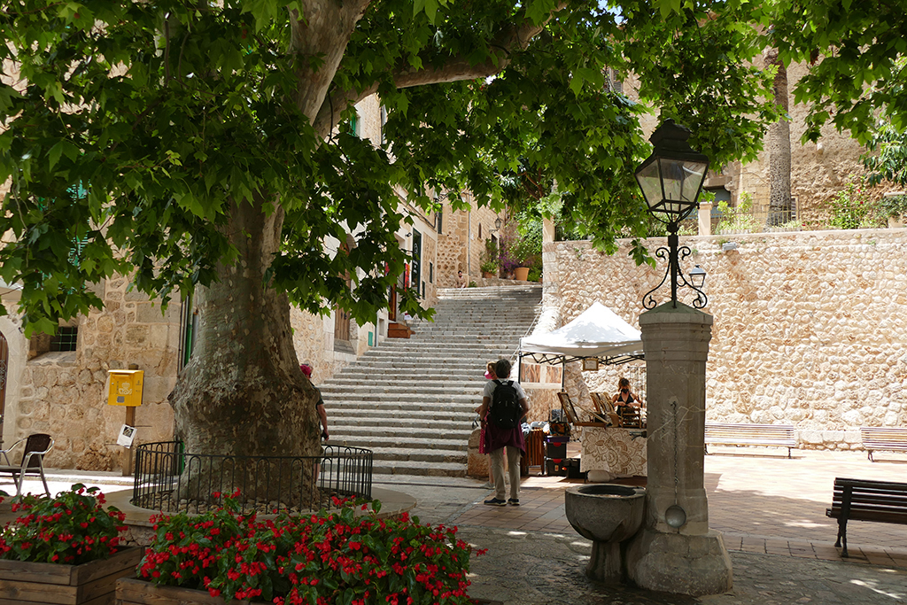 Plaça d'Espanya in Fornalutx