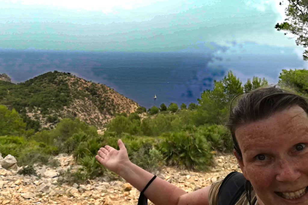 Renata Green on a hike from Port d'Andratx to Sant Elm