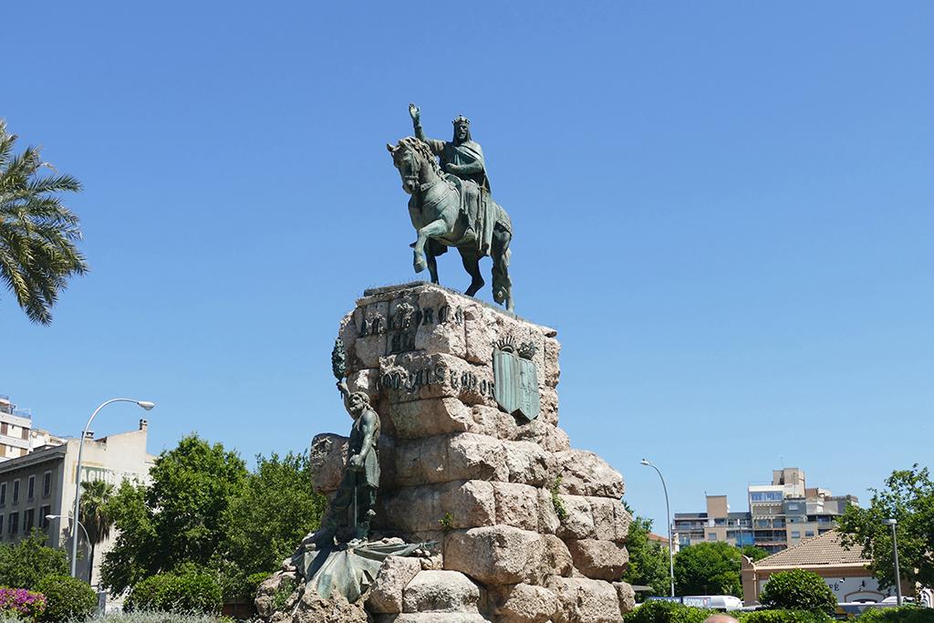 Jaume I on Plaza España - in Mallorquin Plaça d'Espanya - at Palma de Mallorca