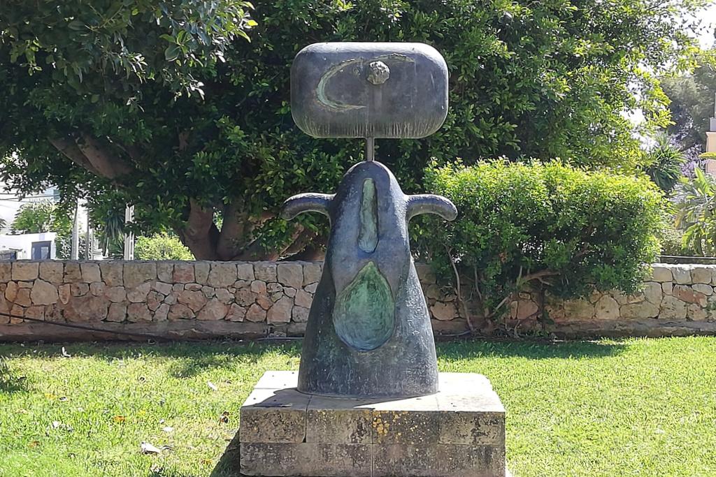 Sculpture at the garden of the Fundació Pilar i Joan Miró a Mallorca