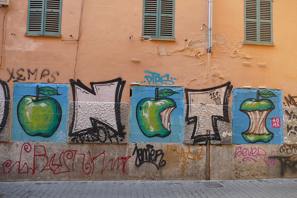 """""""The poisoned apple of fascism (II)"""" by @ soma.marc (Palma, Mallorca, 2021)"""