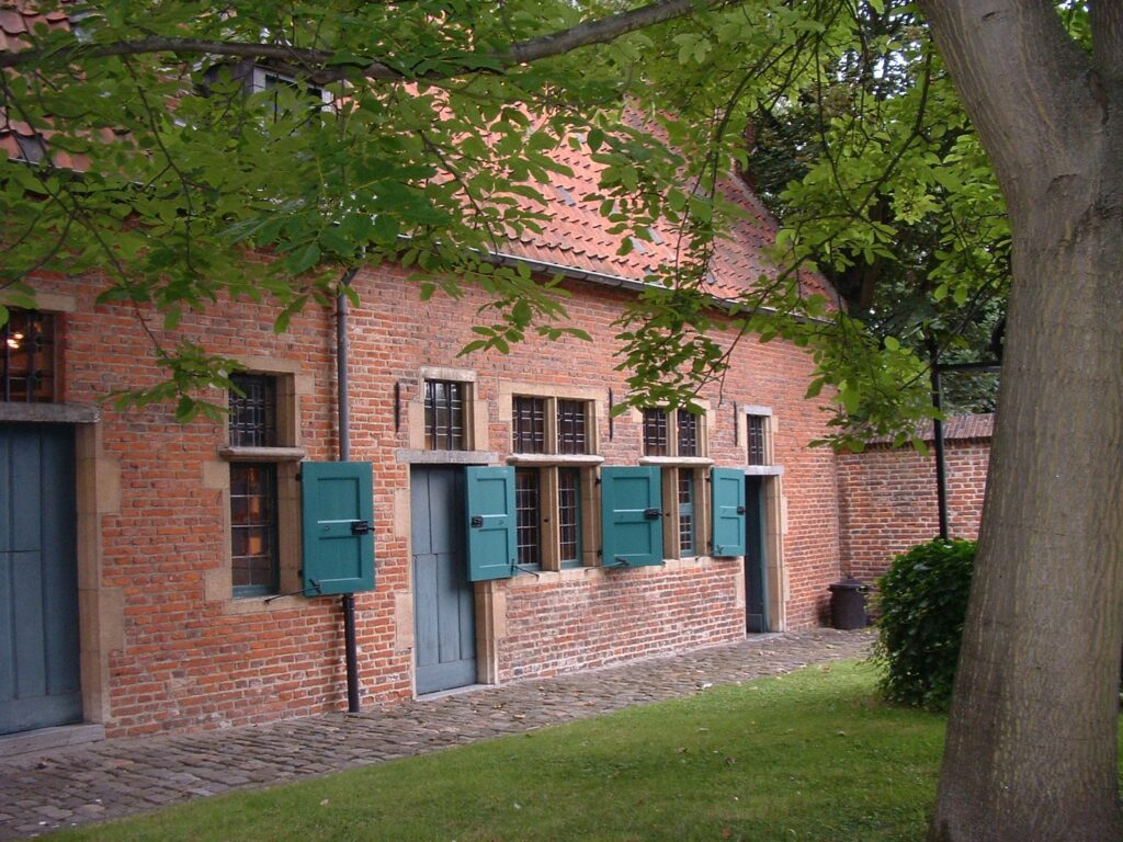 The Old Beguinage of Anderlecht. (Photo: anonym, AnderlechtBegijnhof,CC BY-SA 3.0)