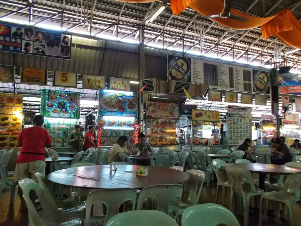 The CF Foodcourt, a huge Chinese eatery across the street from the Clans Jetties on Penang's southern shore.