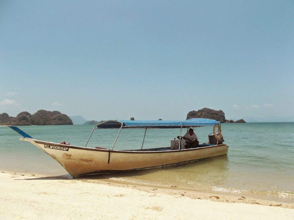 Longtail at Pulau Langkawi