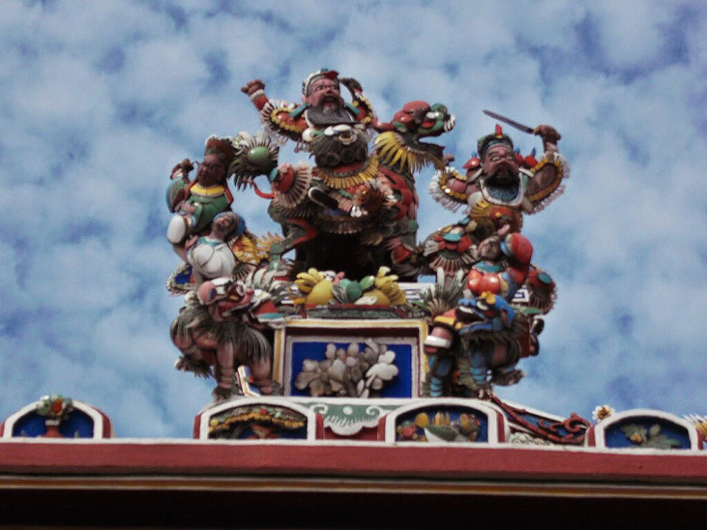 Chinese Decoration on a temple roof