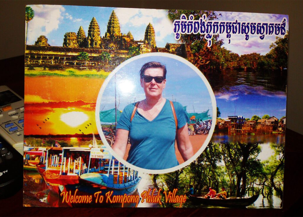 A souvenir-picture from Kampong Phluk.