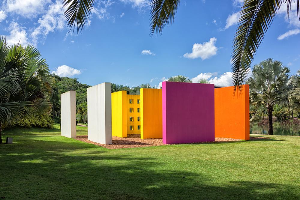 Hélio Oiticicia's Invenção da cor, Penetrável Magic Square # 5, De Luxe at INHOTIM Botanic Garden and Gallery.