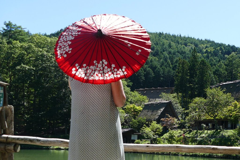 Renata Green in TAKAYAMA on a travel back in time and a side trip to SHIRAKAWAGO