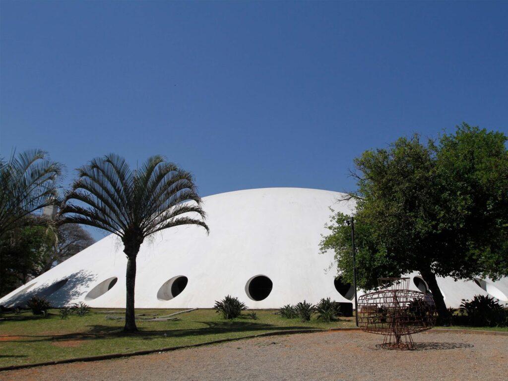 The art has landed: Iconic Oca by Oscar Niemeyer