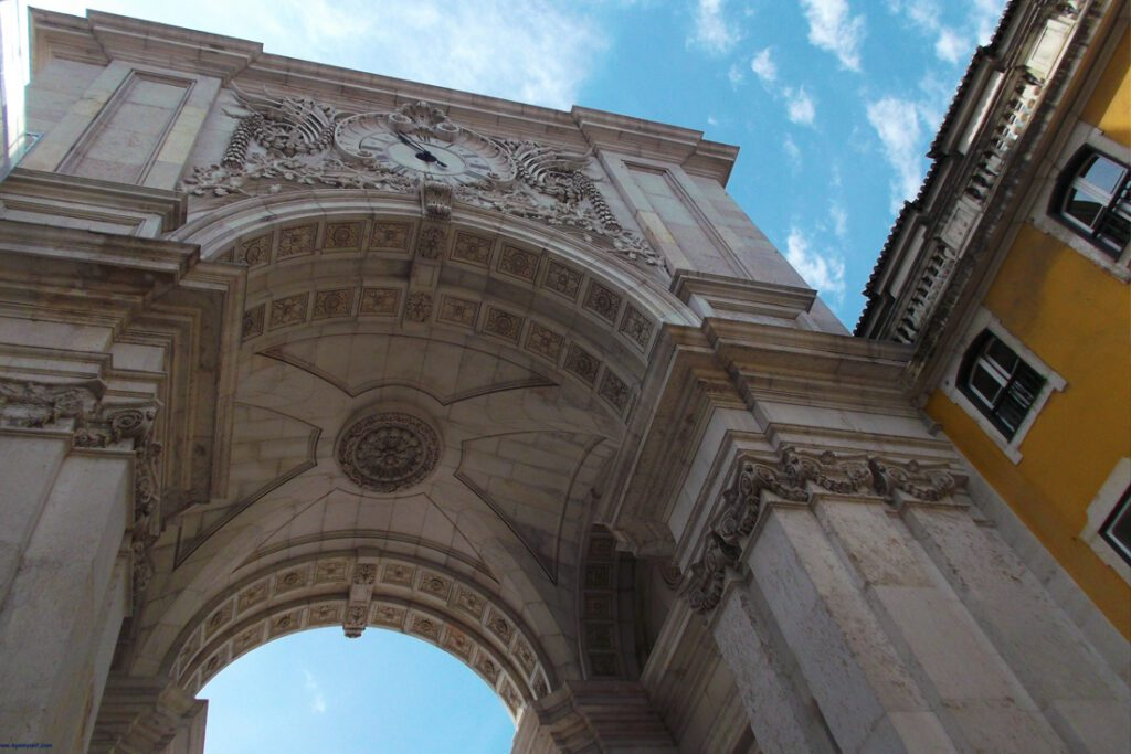 Arco Monumental in Lisbon