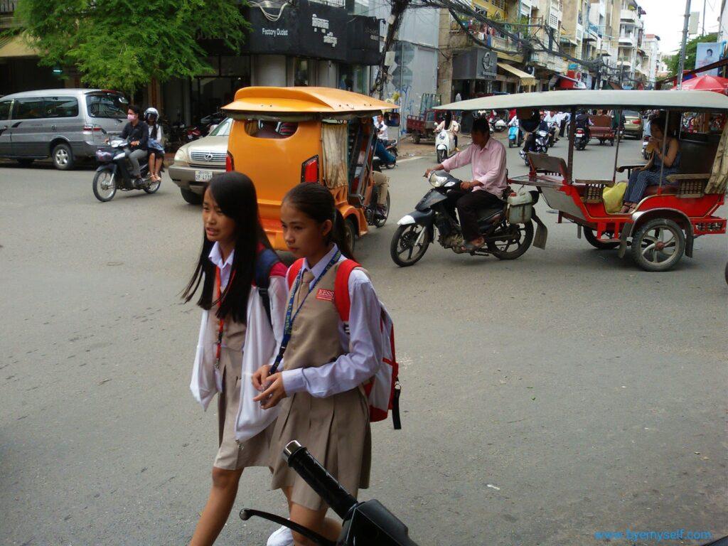 School girls in Phnom Penh