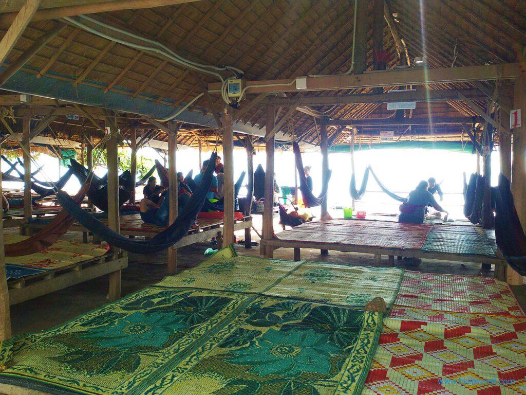 Beach huts in Kep