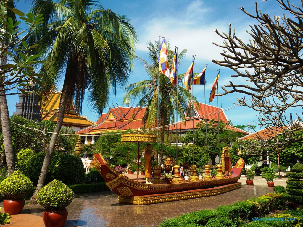 Siem Reap's most glorious temple Wat Prom Rath