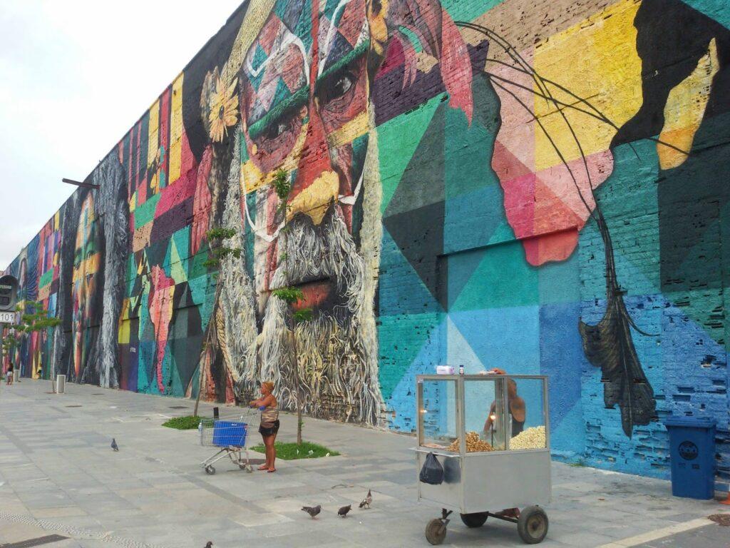 Mural Las Etnias in a rough neighborhood of Rio de Janeiro