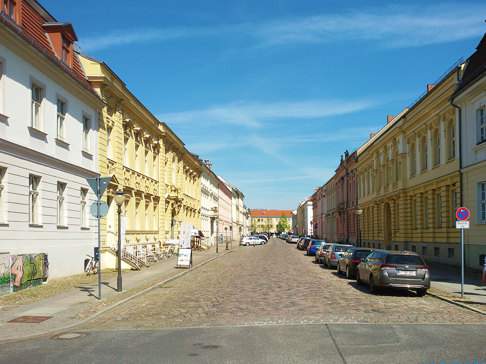Wilhelm-Staat-Straße in Potsdam, the great small town, introduced in this guide