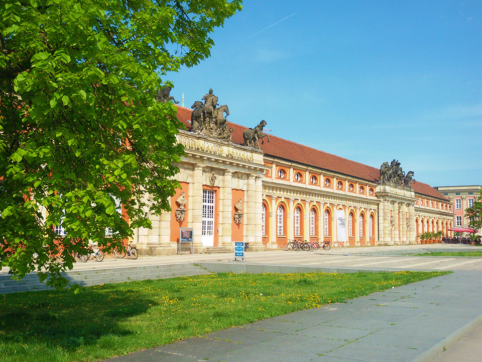 Filmmuseum in Potsdam, the great small town, introduced in this guide