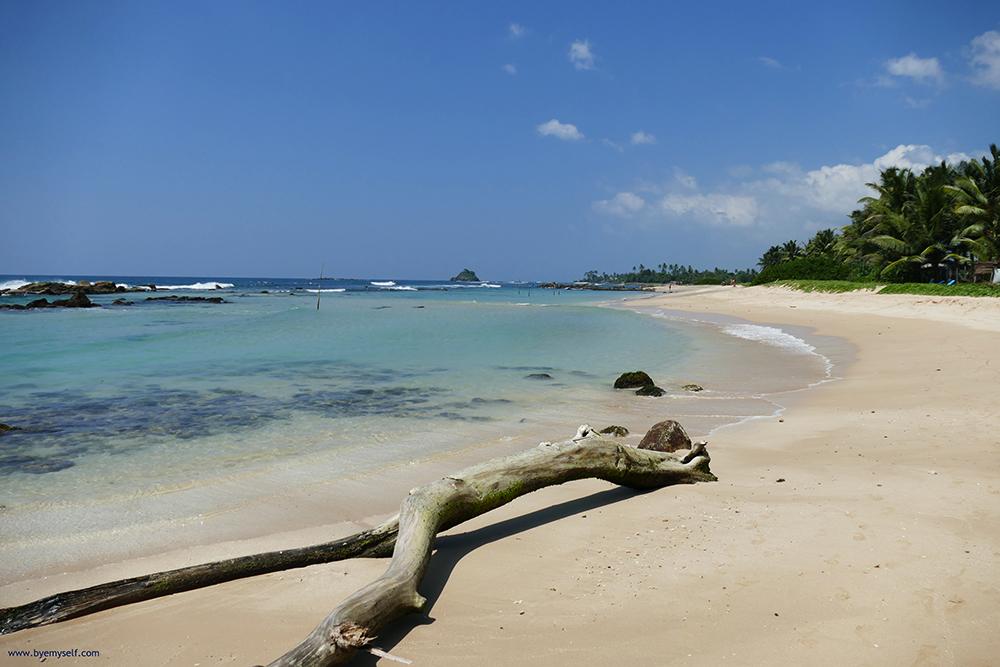 Midigama Beach