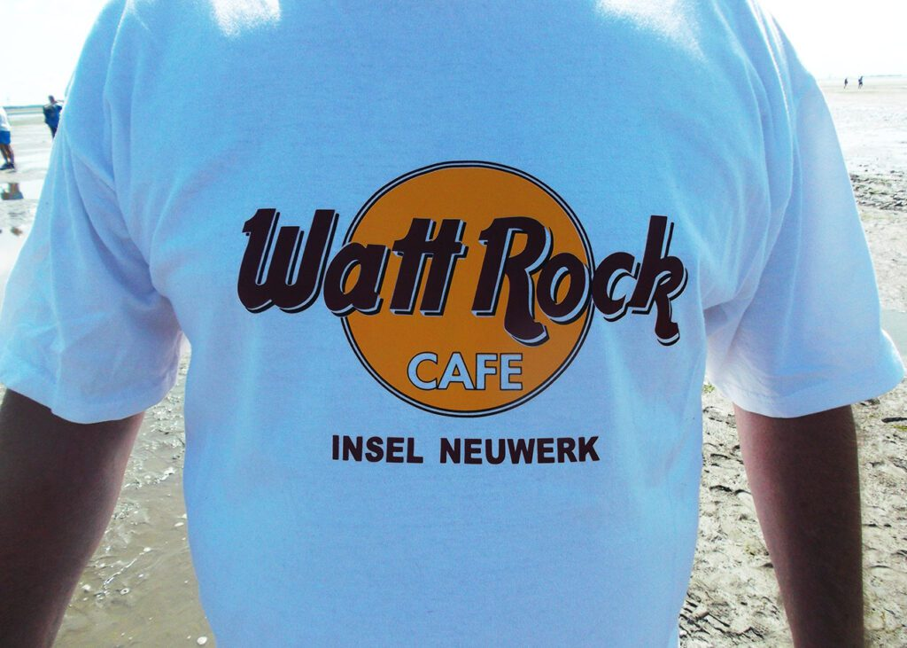 Souvenir T-Shirt from Neuwerk to where you can walk on water