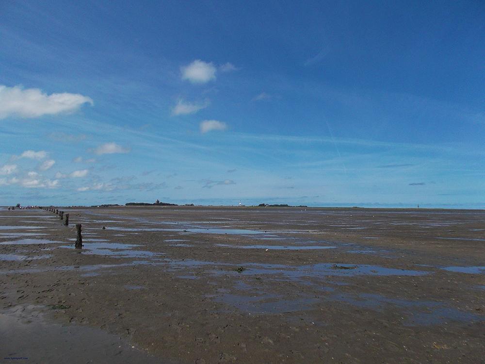 Island of Neuwerk seen across the mudflat