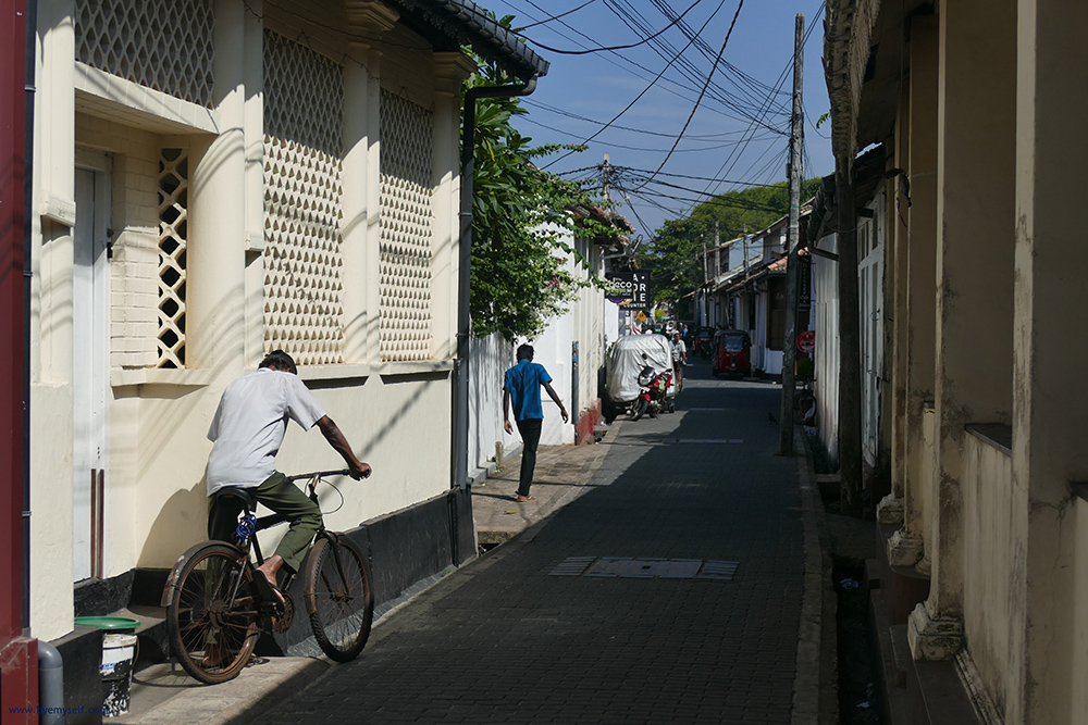 Narrow streets at the Galle Fort.