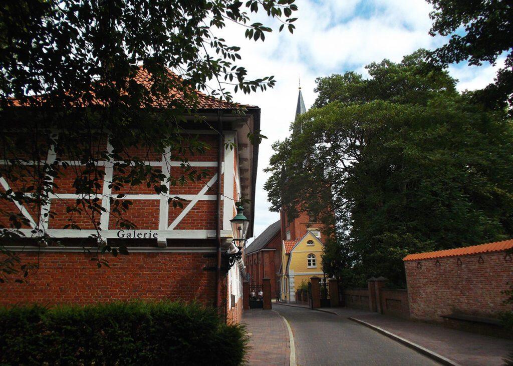 Schloss Ritzebüttel in Cuxhaven from where you can walk on water to Neuwerk