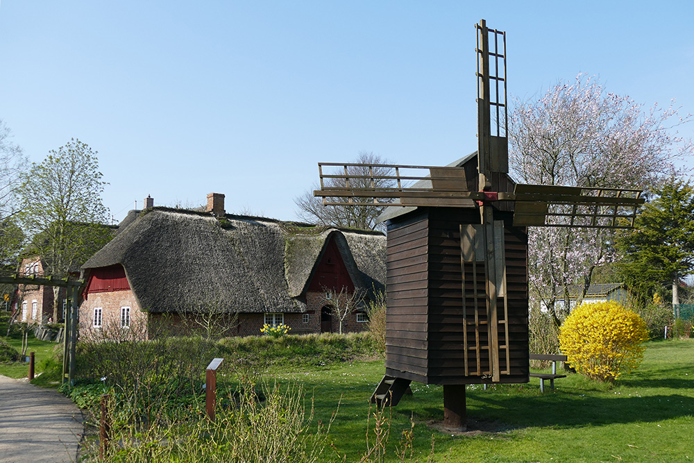 A mobile mill from Langness at the historic museum on the island of Foehr