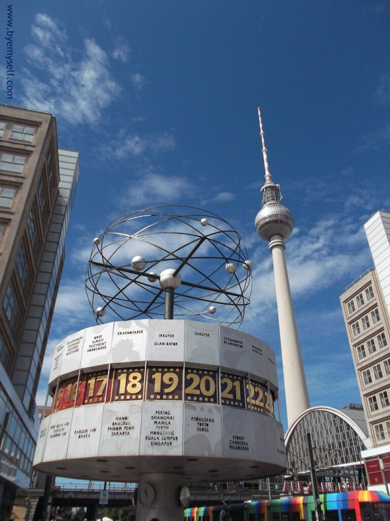 It was sort of ironic that people in the former GDR were deprived of travelling but could still determine the time of 148 major cities around the world on the Urania World Clock which was erected in 1969.